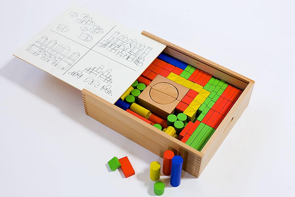 Κατασκευές με ξύλινο παιδαγωγικό υλικό